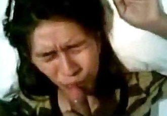 pinilit ipakain ang tamod Kay magandang dilag - wwwkanortubecom - 2 min