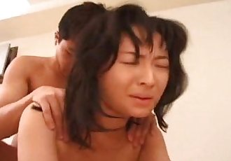 Mature Asian babe sucks and fucks her man - 8 min