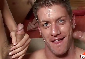 Bareback orgy with bad boy Cam