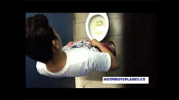 Pinoy Huli Jakol sa banyo