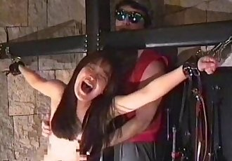 Tickling how it should be: cute slavegirl breakless tickled to her final limits - 29 min