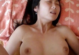 Scandal hot girl Lieu Chau - Liu Zhou can canh ro net - 4 min