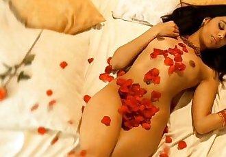 Sensual Journey Through India - 11 min HD