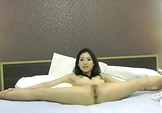 asia fox 160615 1906 female chaturbate - 26 min