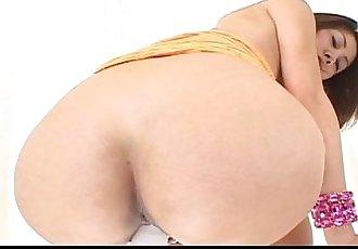 Gorgeous MILF Nana Nanami toying her holes - 7 min
