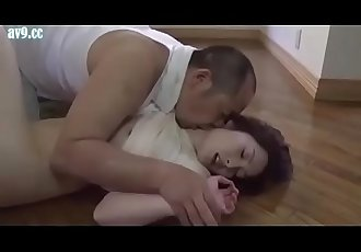 Japanese housewife gets forced by gardener 32 min