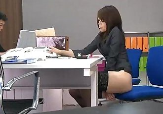 During an office break Maki Hojo toys her pussy with office supplies - 5 min