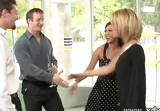 Sexy Housewives Holly Wellin And Kayme Kai Switch Their Husbands For One Afterno - 31 min