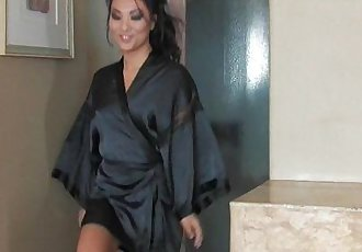 Asa Akira gives an amazing nuru massage - 12 min HD