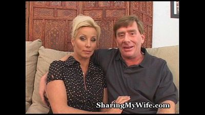 Mature Couple Recruits Bull To Fuck Wife - 5 min