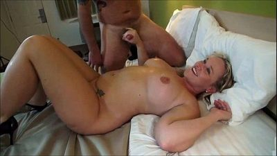 Curvy cuckolding wife MMF Threesome - 9 min