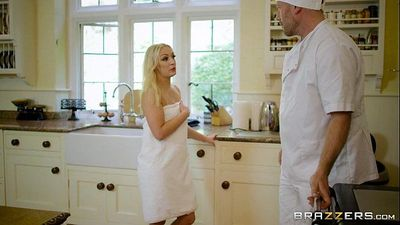 Brazzers - Amber Deen - Real Wife Stories - 7 min HD