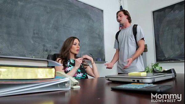 Kendra Lust sexy teacher: wonderful blowjob!!!!