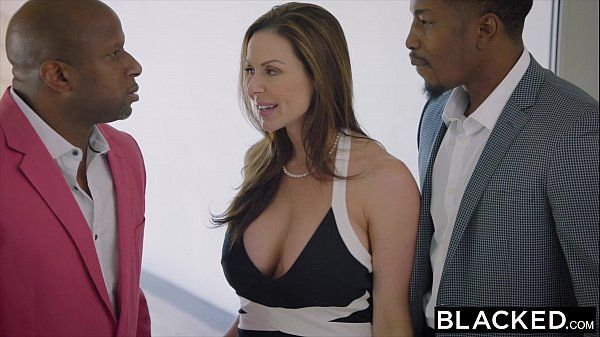 BLACKED Hot Trophy Wife Fucks BBC in Husband\