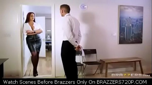 BRAZZERS720P.COM Big Tits At Work A Freelance Fucking Emma Butt