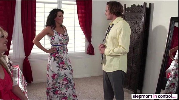 Horny MILF Lezley Zen gives a oral lesson in unforgettable threesome