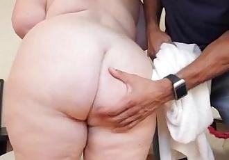 Mature Busty BBW Lady Lynn Dresses Up For and Fucks BBC - 2 min