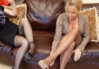 Mature feet smelling - clips4s.blogspot.com - 2 min