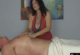 Charlee Chase Squeezes Out All the CumHD+