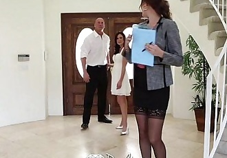PureMatureThreesome with Kendra Lust and Holly MichaelsHD