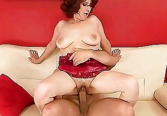 Mature woman who loves sex!Lusty Grandmas 6 min HD