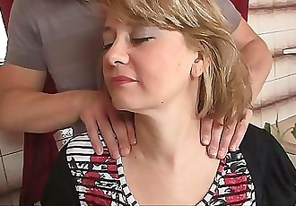 Guy screws his hot mother-in-law 6 min 1080p
