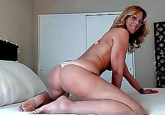 Hot Milf JessRyan Camgirl Big Ass Shaking Mom 12 min 1080p