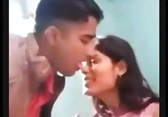 Desi Couple Amateur Cam Hot 5 min 720p