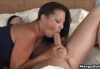 margo sullivan give sensual blowjob