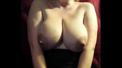 26yr old Mom milking her big boobs - 1 min 0 sec