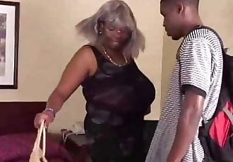 BBW Black Granny Has Big Tits 7 min