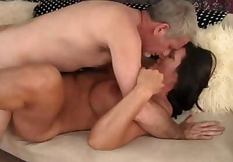Mature Brunette takes fat dick 8 min 720p