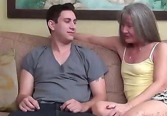 Leilani Lei Meets Brad Knight 24 min 720p