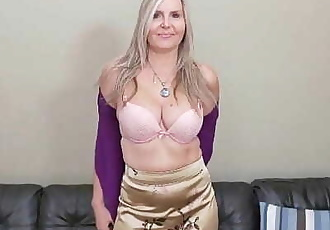 Blonde milf Velvet Skye drips her pussy juice on the couch 12 min 720p