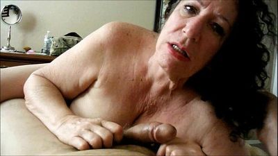 Amateur Granny Cocksucker Swallowing - 6 min