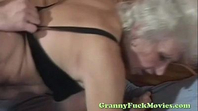 Blonde granny rough nailed - 5 min