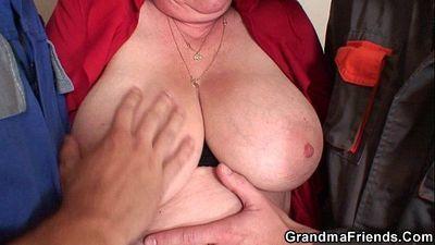 бабушка двойное проникновение