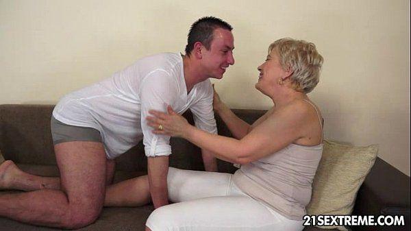 Ursula Grande - Lusty Grandmas - 6 min