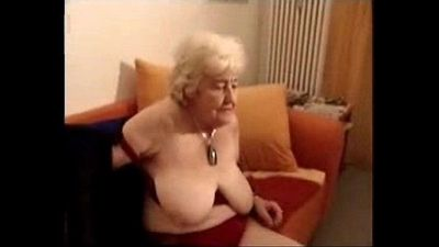 Having fun with old slut cousin of my mother. Amateur older - 4 min
