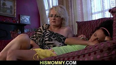 Horny lesbian mommy wants to eat her pussy - 6 min