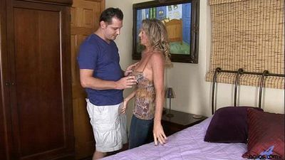 Busty Cougar Hardcore Pussy Pounding - 3 min