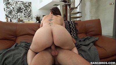 Massive White Ass Dick RiderSara JayHD