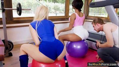 Angel Wicky and Kiki Minaj anal threeway with gym trainer