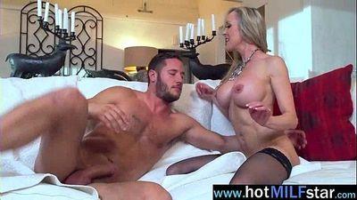 Hot Mature Lady (brandi love) Like To Ride Huge Cock Stud On Cam vid-09