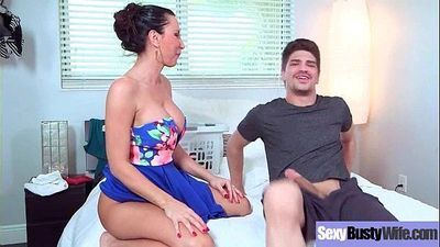 (Lezley Zen) Round Big Tits Mommy Enjoy Hard Sex movie-28