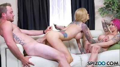 SpizooSarah Jessie gets super steamy and after some BJ and some pussy eating