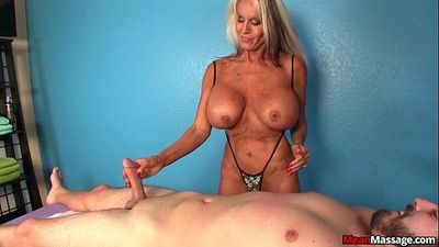 Experienced Lady Dominant HandjobHD