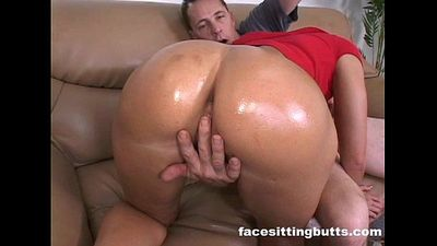 Juicy big ass slut fucked hard in the studio