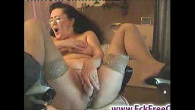 Old granny dildoing on cam - 1 min 27 sec
