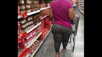 Thick bbw ebony with wide hips and a phat jiggly monster ass candid short vid - 12 sec